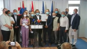 Udružena opozicija Srbije: Vučićev režim odgovoran za skrivanje podataka o broju umrlih