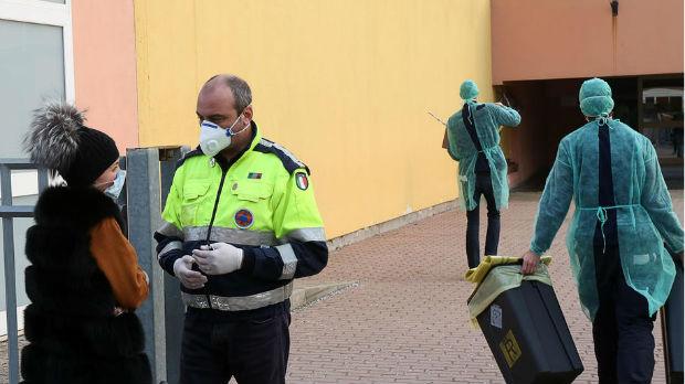 Sedma žrtva koronavirusa u Italiji, niko ne može da izađe iz crvene zone