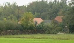 Uhapšen čovek zbog ilegalnog zatvaranja jedne porodice na imanju u Holandiji