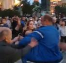 Uhapšen muškarac koji je fizički nasrnuo na ženu ispred Narodne skupštine VIDEO