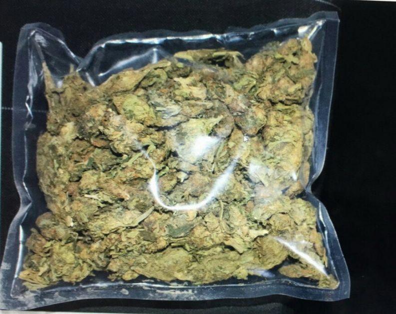 Uhapšena dvojica u Beogradu zbog droge, u torbi 14 kg marihuane
