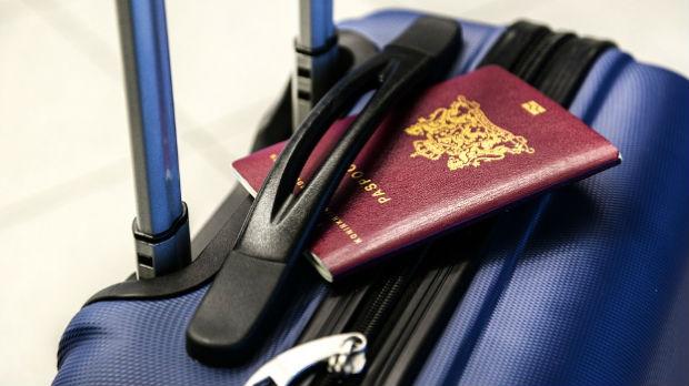 Uhapšeno 37 osoba na Kritu zbog lažnih pasoša