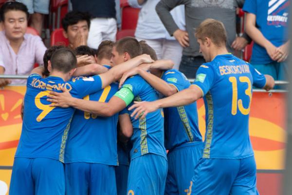 Ukrajinci ne posustaju, pred duel sa Srbijom dobili Estoniju, ali tek u poslednjim minutima