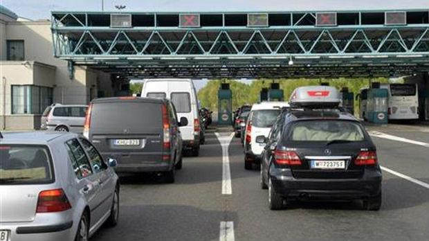 Umereni intenzitet saobraćaja, na granicama do sat i po