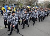 Uništen spomenik: Ukrajinski desničari srušili bistu Žukova u Harkovu