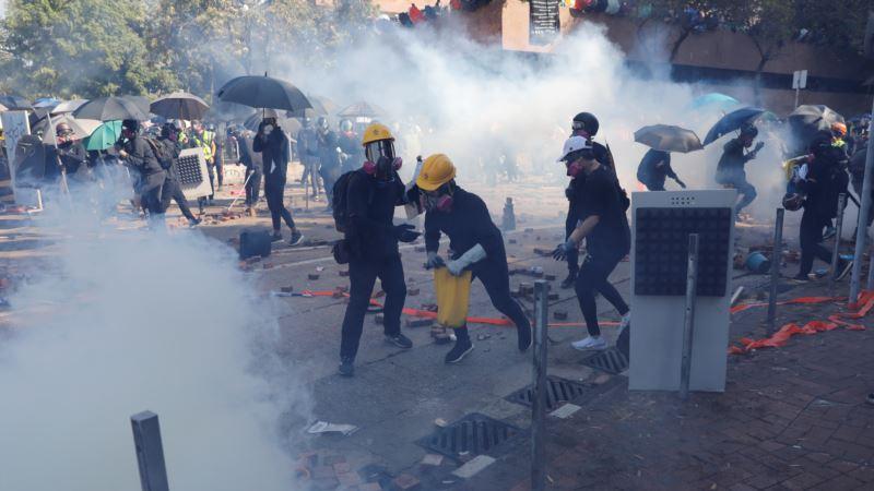 Policija u Hong Kongu upozorava da će pucati u antivladine demonstrante