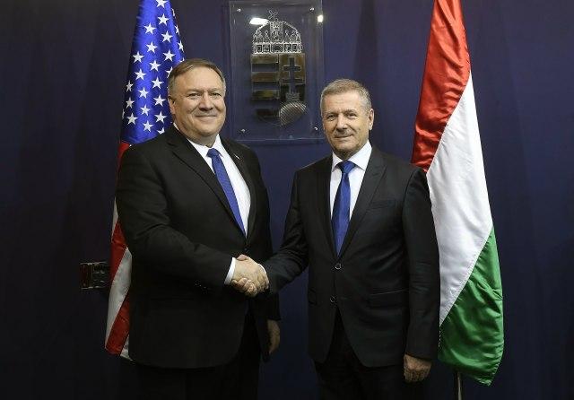 Upozorenje SAD Mađarskoj: Zaustavite Huavej, širi se u NATO državama