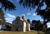 Uprkos svim pritiscima manastiru Dečani ne vraćaju zemljište