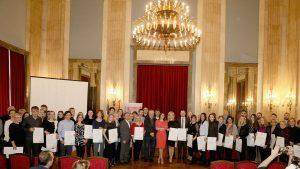 Uručene diplome nagrađenim nastavnicima na konkursu Digitalni čas