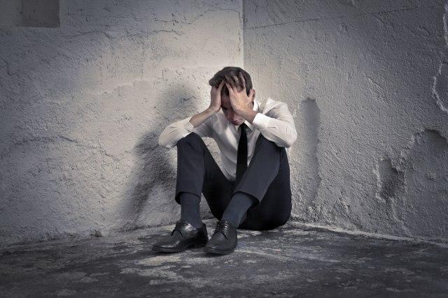 Usamljenost je gora po zdravlje od cigareta?