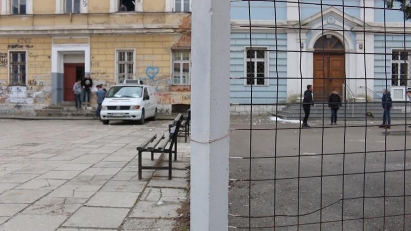 Ustavna diskriminacija u dvije škole pod jednim krovom