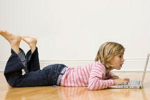 Uticaj društvenih mreža na decu je poguban: Ostaju na nivou trogodišnjaka