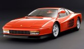 Utovario veliki TV u Ferrari, pa ga pričvrstio lepljivom trakom