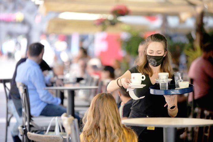 Uvedene nove mjere u Crnoj Gori: Gosti u kafiće mogu samo uz covid potvrdu