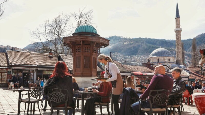 Uz mjere na snazi otvorene bašte uz Sarajevu