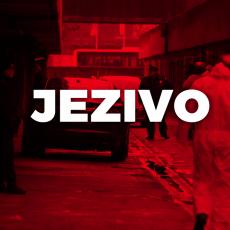 Užas u Čačku: Trideset ljudi nasrnulo na poštara? Na mestu nesreće troja patrolna kola, brojevi i KRV po zemlji