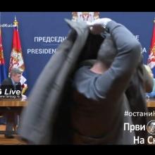 Uzivo - Obracanje predsednika Srbije nakon sednice sa dva krizna staba, 2. 4. 2020.