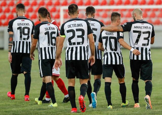 Parni valjak melje: Partizan lako pobedio Javor