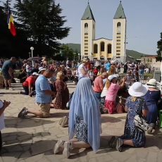 VATIKAN OKREĆE GLAVU, PAPA IM DOZVOLIO: Međugorje - biznis ili su deca pre 40 godina zaista videla Gospu (FOTO/VIDEO)