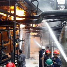 VATRA PROGUTALA SIRIJSKU RAFINERIJU: Požar izbio u jeku serije misterioznih napada na naftna postrojenja (FOTO)