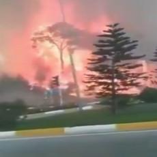VATRENA STIHIJA GUTA SVE PRED SOBOM: Dva sela pored Antalije izgorela do temelja! Evakuacija u toku (VIDEO)