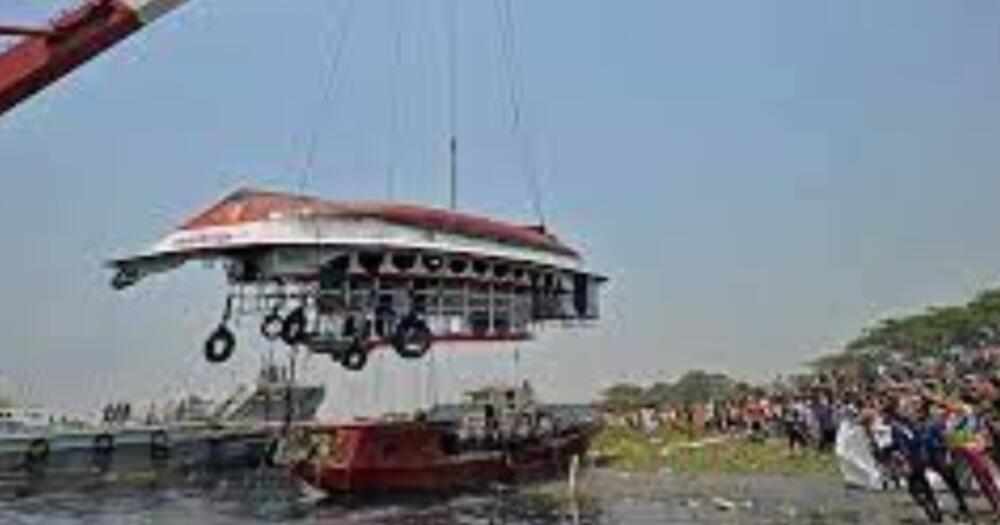 VELIKA NESREĆA U BANGLADEŠU Sudarili se putnički brodić i tegljač pun peska: Poginulo najmanje 26 ljudi FOTO