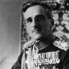 VELIKANI BUNTOVNOG ŽIVOTA: Kralj Aleksandar i druge ličnosti za koje nikada ne biste rekli da su IMALI TETOVAŽE