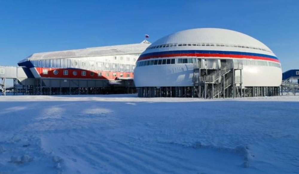 VELIKI PUTINOV KEC U RUKAVU: Britanski mediji o svim aspektima ruske baze na Arktiku, ovo je više od vojnog pitanja VIDEO