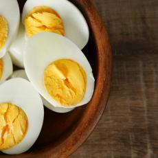 VEOMA JE OPASNO! Jedete jaja kojima je ISTEKAO ROK a da to ni ne znate? Evo KAKO da ih prepoznate