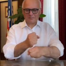VESIĆ KAKVOG NISTE VIDELI DO SADA! Zamenik gradonačelnika Beograda napravio haos na društvenim mrežama (VIDEO)