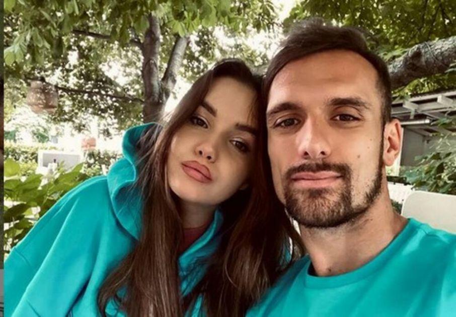 VEŠOVIĆ OSTAO BEZ UGOVORA ZBOG SUPRUGE: Tamara brutalno isprozivala Legiju, klub reagovao: Neosnovane optužbe dovele do ove odluke