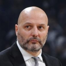 VESTI IZ ITALIJE: Ako Đorđević dobije otkaz već zna naredni klub, sa sobom vodi Tea i Pefija