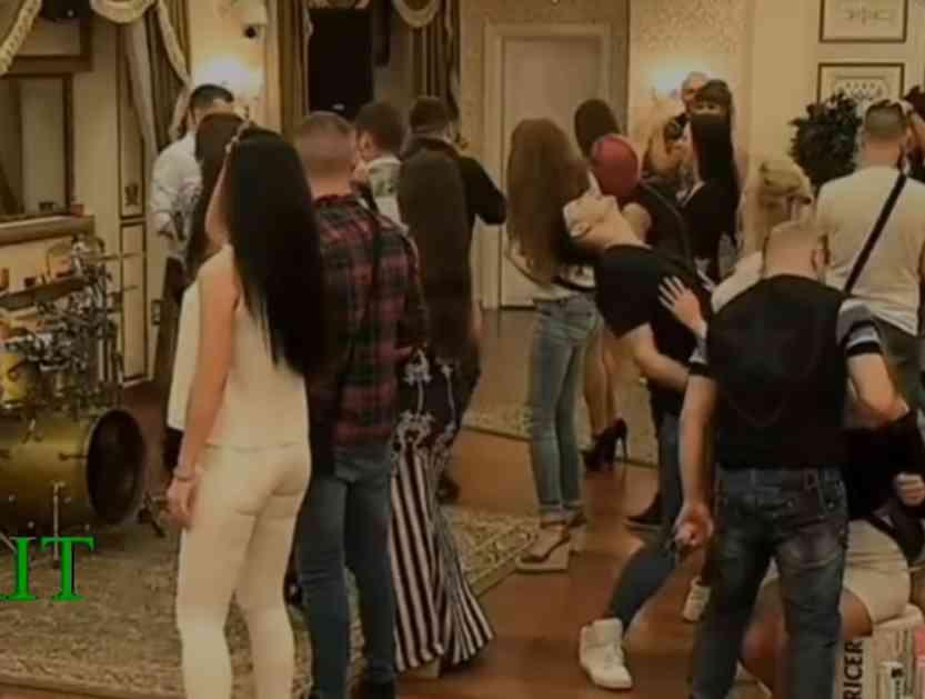(VIDEO) BLUD I RAZVRAT U PAROVIMA: Ne zna se ko je koga dohvatio! Žurka nikad vrelija!