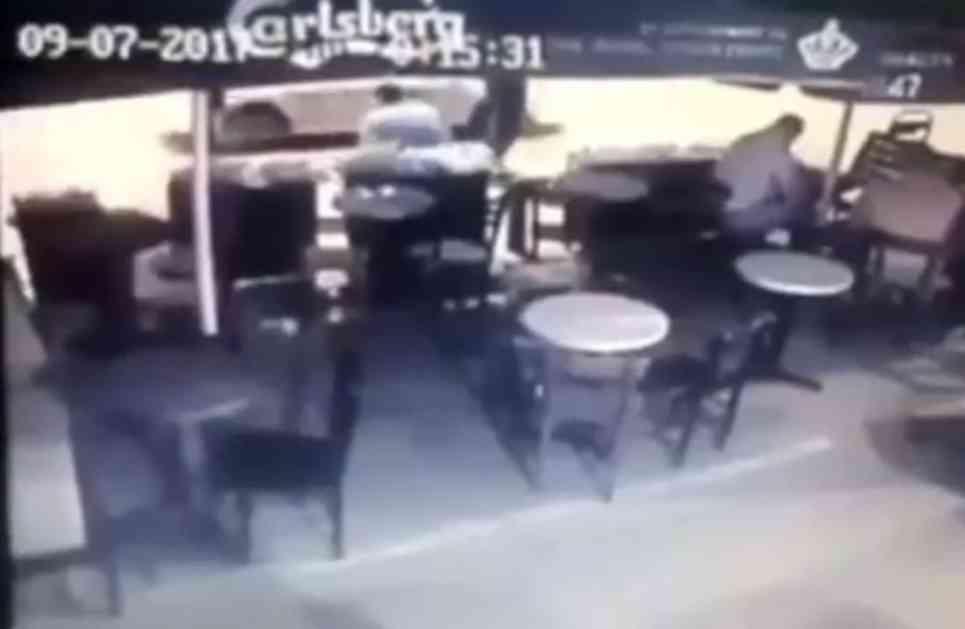 (VIDEO) RAFAL IZ VOZILA U POKRETU: Pogledajte kako je upucan policajac u Novom Pazaru!