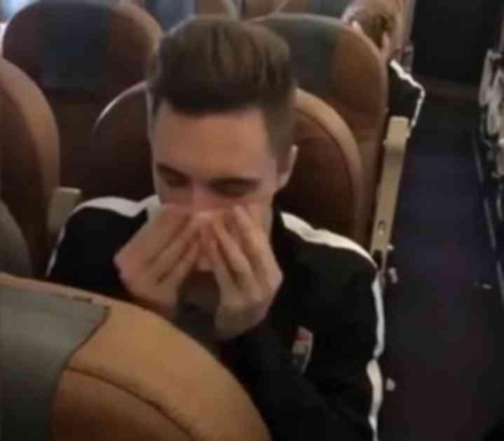 (VIDEO) SKANDAL U RUSIJI: Fudbaler novčanicom brisao nos i hvalio se time! Reagovala i država