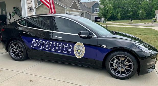 VIDEO: U policiji su uporedili troškove Tesle i benzinskog automobila