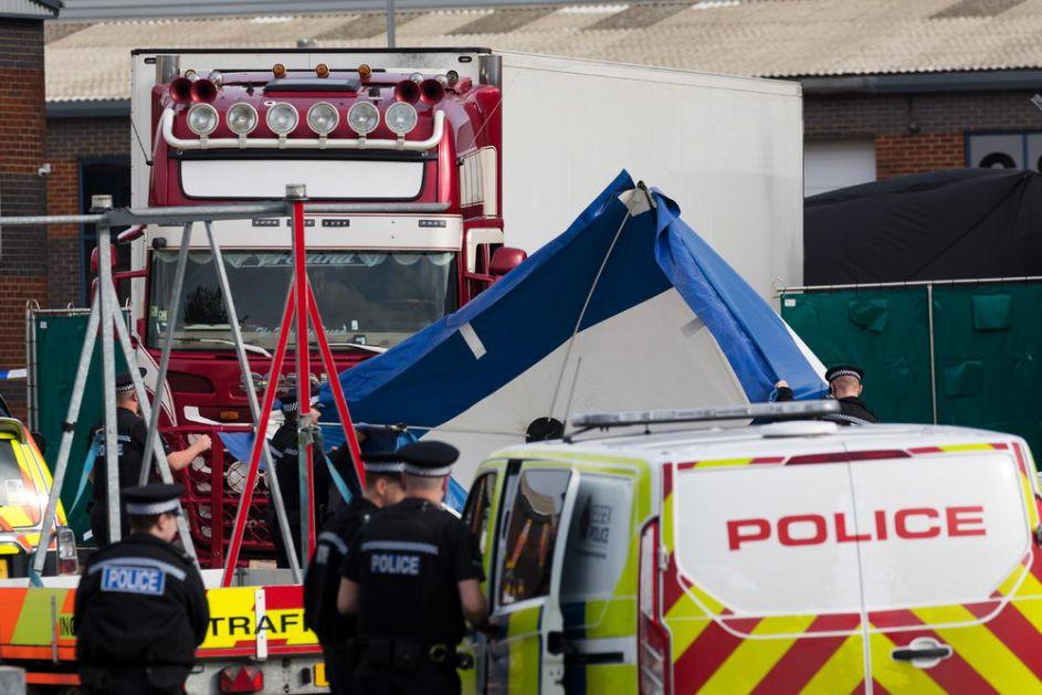 VIJETNAMCI UHAPSILI OSMORO ZBOG SMRTI 39 MIGRANATA U HLADNJAČI: Iskorenićemo te koji ilegalno dovode ljude u Veliku Britaniju