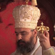 VLADIKA NIKODIM POZITIVAN NA KORONU: Smešten u KBC Dragiša Mišović, poznato u kakvom je stanju