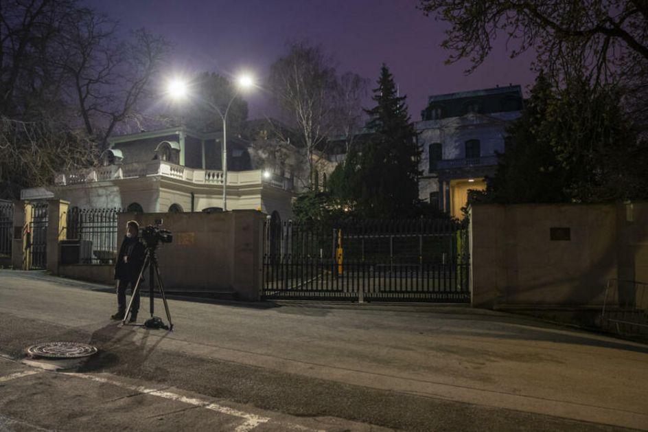 VLASTI PRAGA ZAHTEVAJU OD VLADE: Rusija smesta da napusti zgradu ambasade! Srušićemo vilu i zasaditi cveće i drveće!