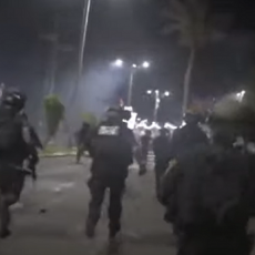 VLASTI PRIZNALE - IZGUBLJENA JE KONTROLA NAD POJEDINIM GRADOVIMA: Na ulicama Izraela se vode borbe između Jevreja i Arapa (VIDEO)