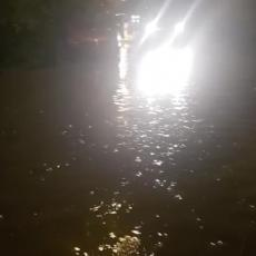 VODA STIŽE DO KUĆA! Snažno nevreme pogodilo Niš, poplavljeno više ulica - GRAĐANI U STRAHU (VIDEO)