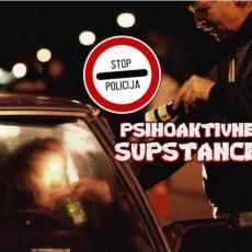 VOZIO POD UTICAJEM NARKOTIKA I BEZ DOZVOLE: Policija isključila iz saobraćaja mladića (19)