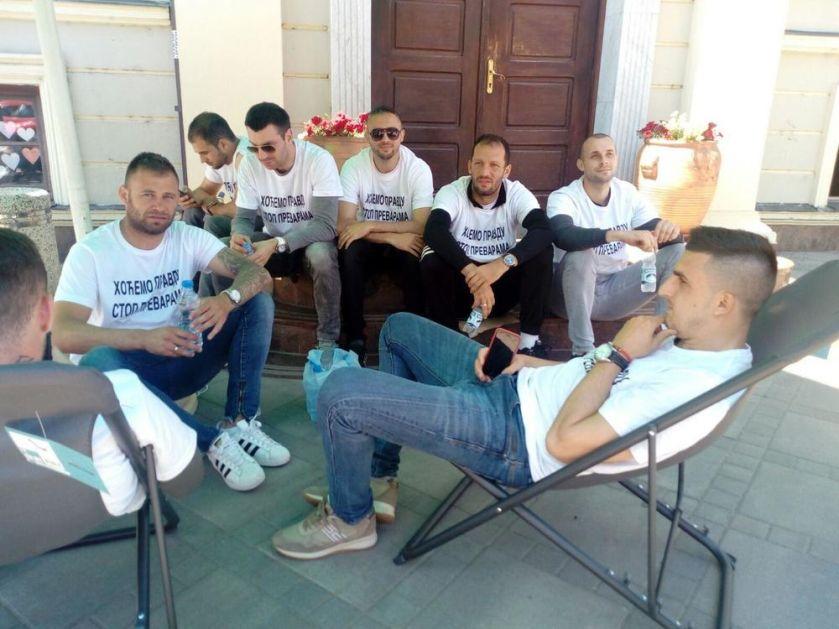 VREME JE DA REAGUJE FSS! Nemanja Matić podržao fudbalere u Čačku koji štrajkuju glađu! VIDEO