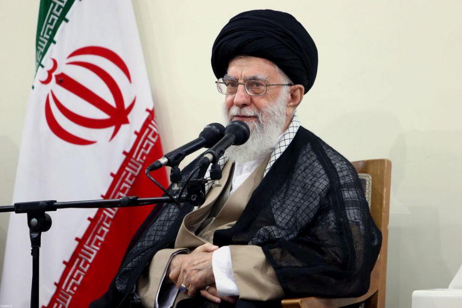 VRHOVNI VOĐA IRANA PORUČIO AMERIKANCIMA: Vi ste naš neprijatelji, nećemo vam dopustiti da se vratite u našu zemlju