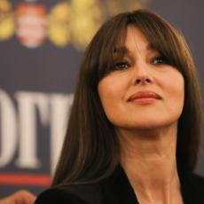 VRHUNSKA TRANSFORMACIJA: Prelepa Monika Beluči je zbog filma postala sedokosa veštica (FOTO)