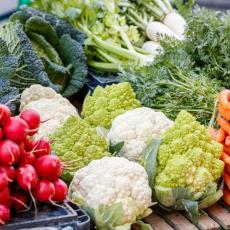 VRTOGLAVE CENE voća i povrća ISPRAZNILE PIJACE