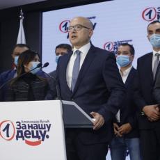 VUČEVIĆ PODNOSI KRIVIČNU PRIJAVU PROTIV VUČIĆA: Celokupnoj javnosti će biti jasno da je glavna meta predsednik Srbije