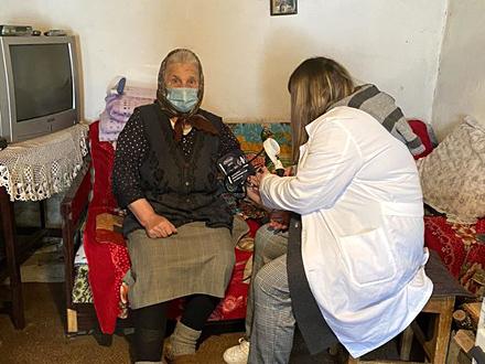 Vakcinacija za stare i nepokretne na Vlasini