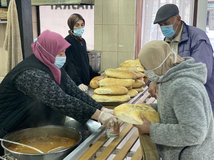 Vakufska kuhinja u Novom Pazaru radi u punom kapacitetu u toku Ramazana
