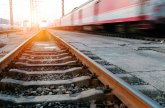 Vandali kamenovali voz u Čačku; Ugrožavanje bezbednosti putnika
